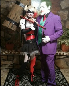 Yes, there will be at least one Harley Quinn & Joker couple at every Halloween party this year -- why couldn't it be you? Be sure to arrive early so it seems like the other couples are just copying YOU. Halloween couples costume via @EchoTheDevil666